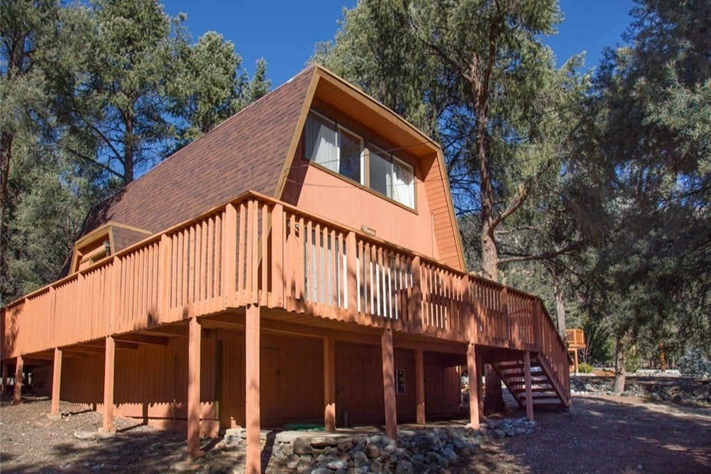 1970s Gambrel Cabin In Los Padres National Forest   Cabins For Rent In Pine  Mountain Club, California, United States
