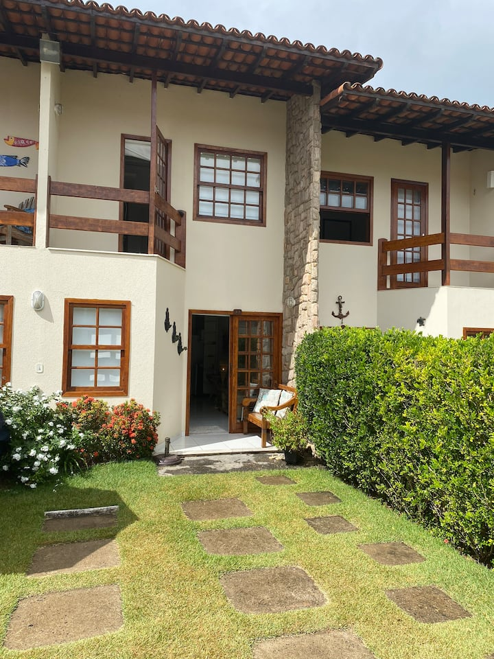 Casa confortável em Condominio fechado na Bacutia