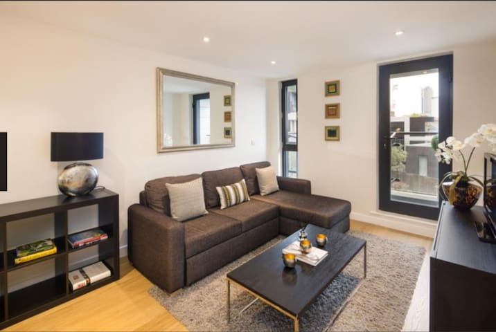 STUNNING FLAT IN CENTRE LONDON - NEXT TO BOROUGH