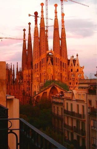 Stunning Sagrada Familia views!