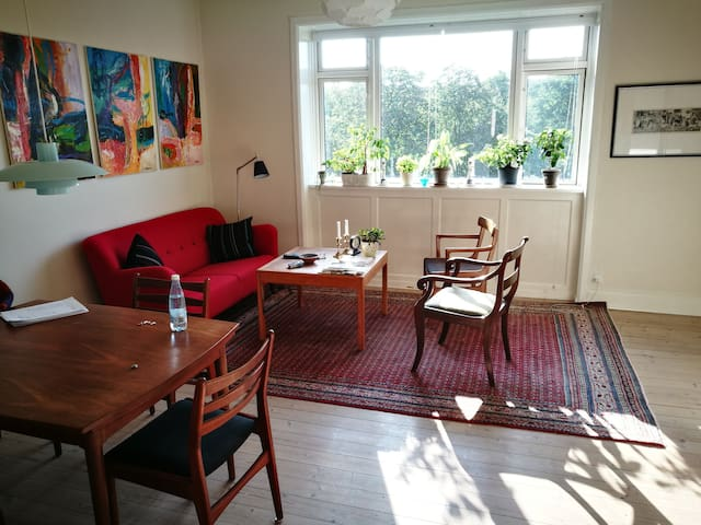 Bright 2 room apartment in Frederiksberg