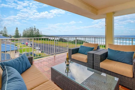 Pippi Beach Penthouse, 360 panorama views  & pool