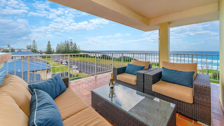 Pippi Beach Penthouse, 360 panorama views  & pool