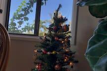 "Christmas ""Island Style"""