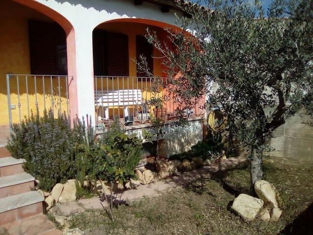 Villetta a pochi minuti da Costa Rey e Villasimius - Olia Speciosa - Casa