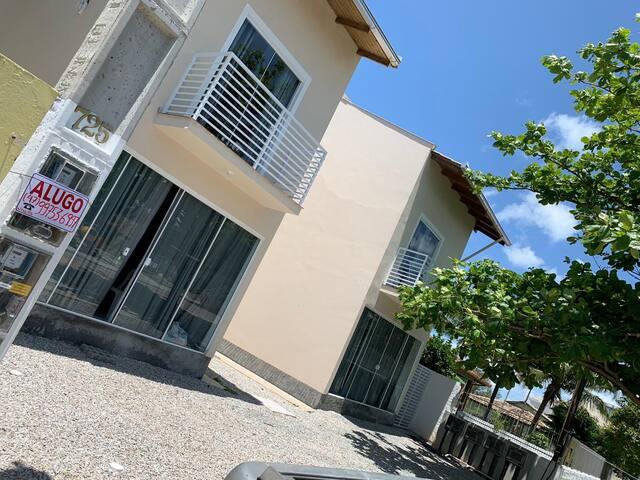 Reserva de Jurerê 5 - Studios novos a 400m do mar