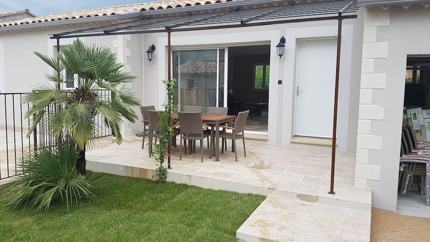 Belle villa au calme à proximité du Mont Ventoux