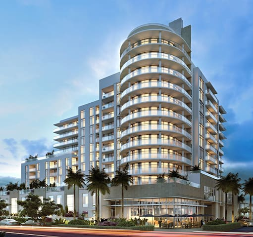 THE GALE CONDOMINIUM - FORT LAUDERDALE BEACH