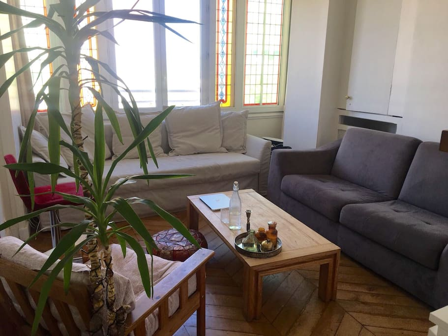 living room 2/5