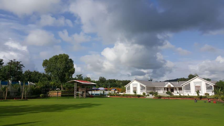 SAMJUBAA FARMHOUSE