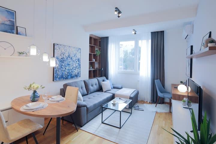 Modern 26 m2 studio, 15-minute walk to city center