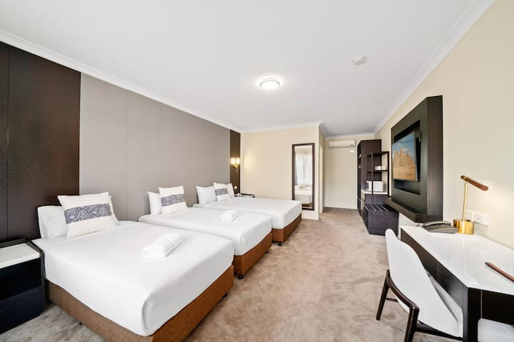 WM Hotel Bankstown - Family Room