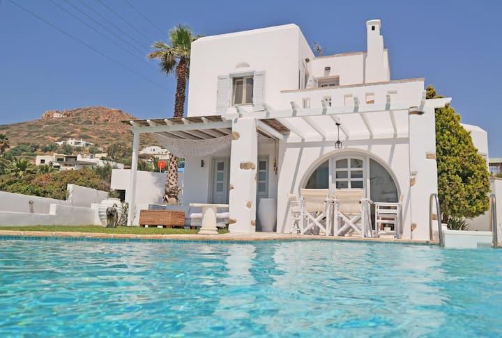 Deep Blue Villa Stelida Naxos Island