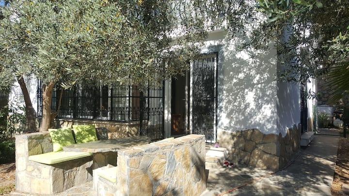 Very central garden home in Bodrum
