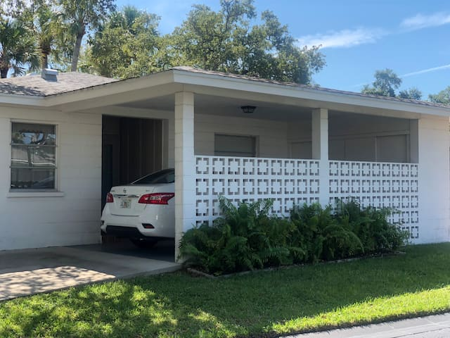 Recently Updated Cozy Siesta Key Beach Villa