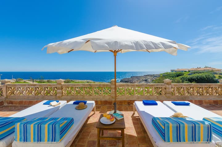 CAN ROSITO - Chalet with sea views in Cala Morlanda. Free WiFi