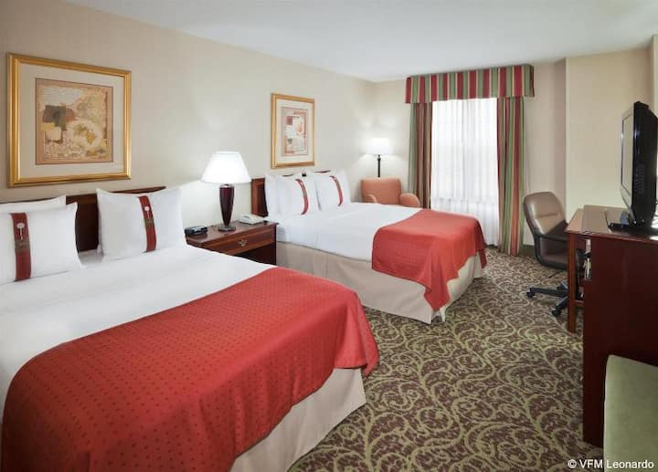 Smart Double Executive Double Bed At Dulles Airport