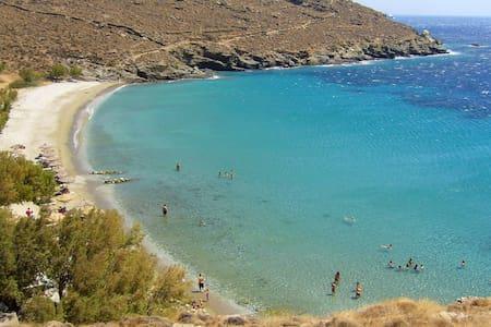 Beach house in Tinos island - Tinos