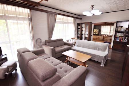 大分県日田市の住宅街の静かな家、畑仕事も楽しめます