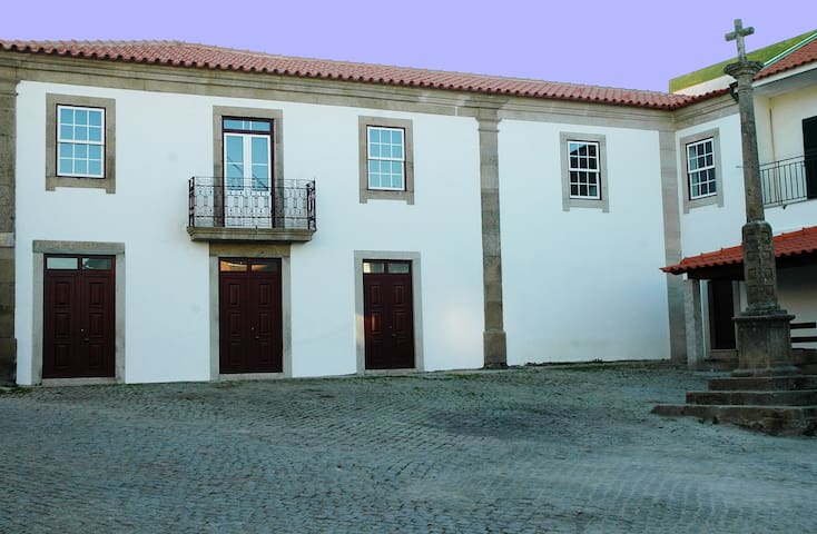Casa dos Lagares de Vara e Pedra (B&B-3) - Bragança - Cabin