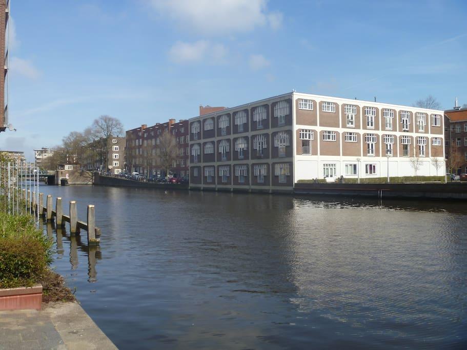 Studio westerpark loft appartamenti in affitto a for Appartamenti amsterdam centro