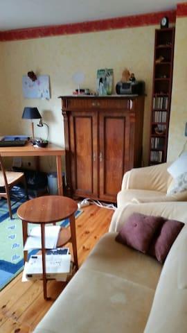 Sonniges Zimmer in idyllischer Lage - Lüneburg - Rumah