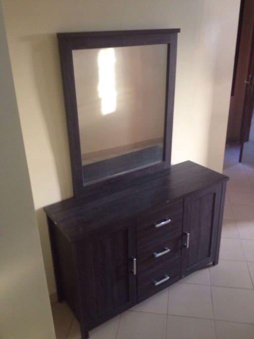 Studio meubl propre a sacre coeur appartements louer for Appartement meuble a louer dakar senegal