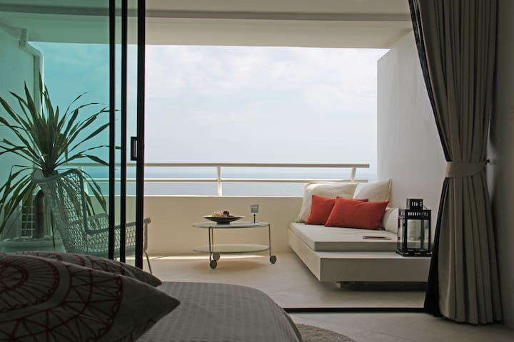 Amazing Beachfront Resort Studio 10 - Hua Hin - Apartemen