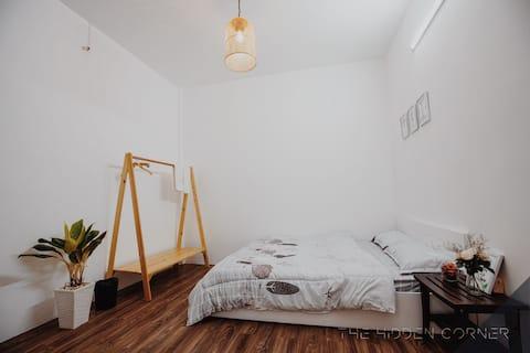 The Hidden Corner - Single Room (... 'n Chill)