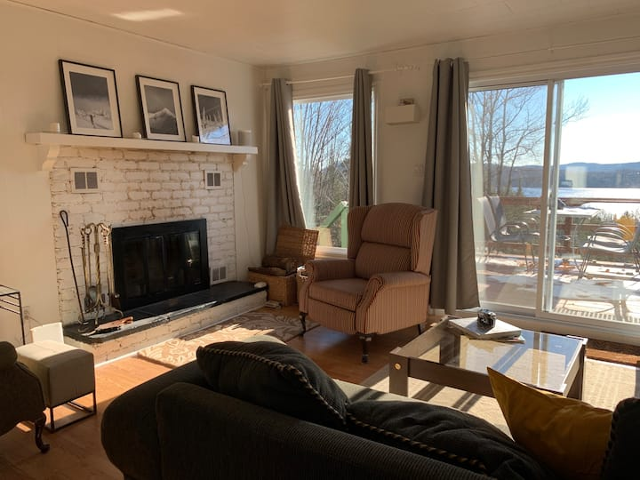 Mont-Tremblant Home with a View