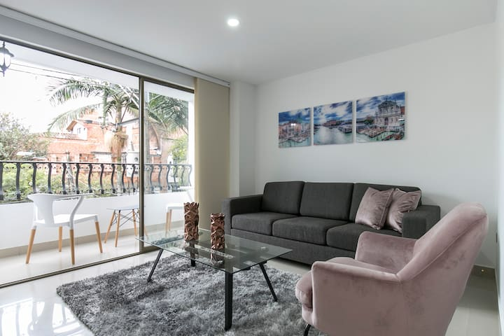 3Bd Apartment in Gourmet Zone