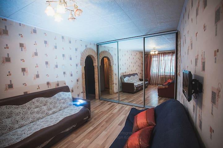 1-ая квартира в 10 мин ходьбы от клиники Илизарова