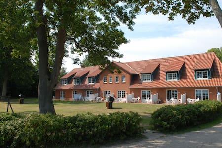 Ferienwohnung Gut Oehe - Maasholm - Wohnung