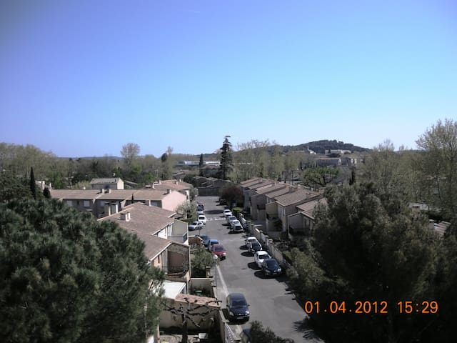 Apartment around 3 bright rooms - Avignon - Leilighet