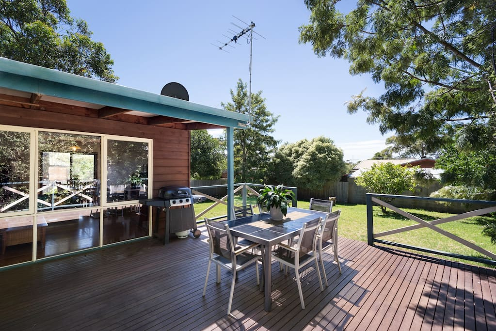 the spectacular deck for a bbq, totally private with plenty of space for everyone