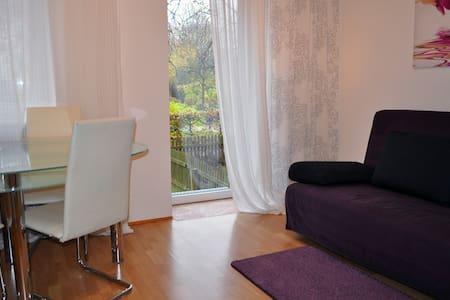 Modern flat btw. Munich+Bav. Lakes - Appartement