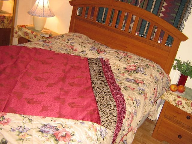 Bedroom, new queen mattress bed