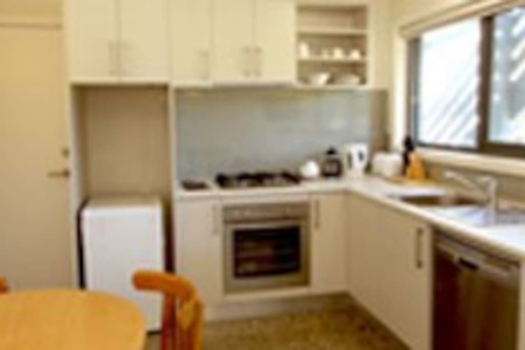 The well-equipped kitchenette also has an outdoor dining and BBQ area.