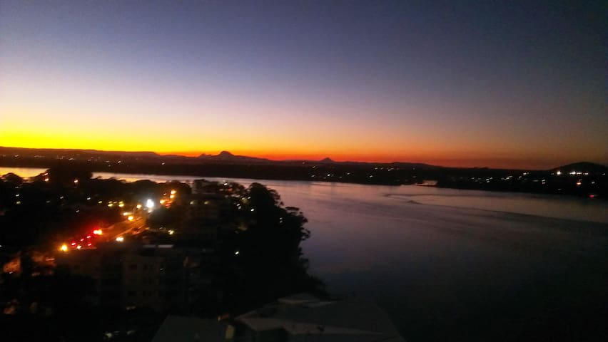 Life at the Top - Maroochydore - Apartamento