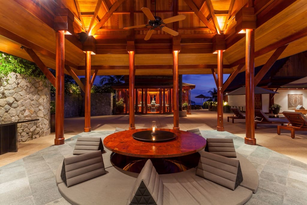 Thai-style Open Air Dining Room