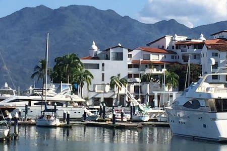 Gorgeous Marina 2 bedroom Penthouse - Puerto Vallarta