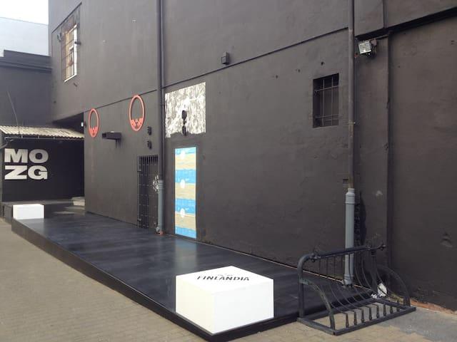 Art venue in Bydgoszcz city centre - Bydhošť - Byt