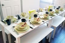 Dining for up to 12 guests
