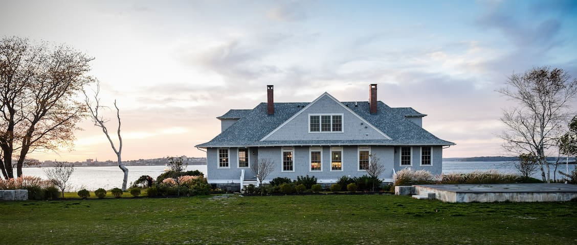 Picturesque Lodge on Private Island in Casco Bay