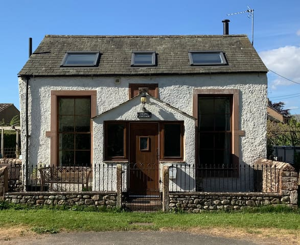 Converted Chapel - easy access to Lakes and Dales