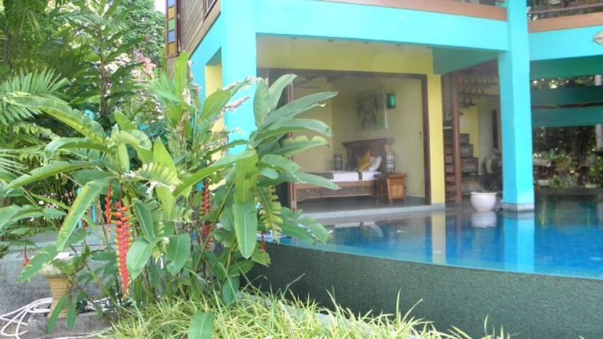 Seaside Villa/Poolside Room - ลังกาวี - ที่พักพร้อมอาหารเช้า
