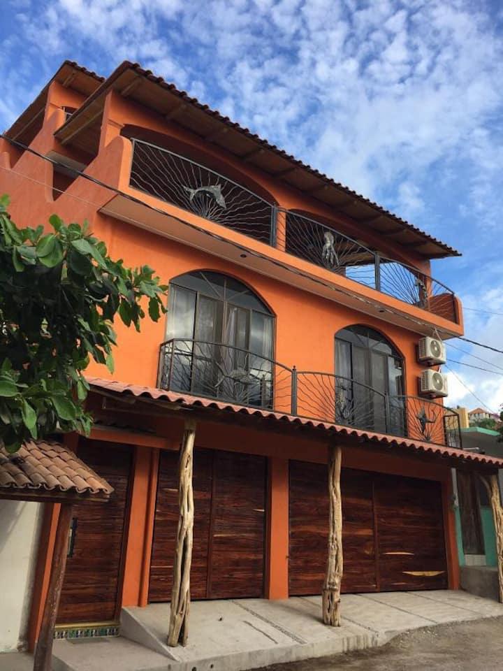 """Casa Dorada """"Pescador"""" 200m from Ocean 1 bedroom"""