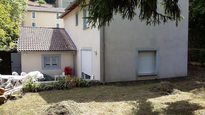 Maison - 10 pers - au cœur d'un village cévenol - Les Plantiers - Hus