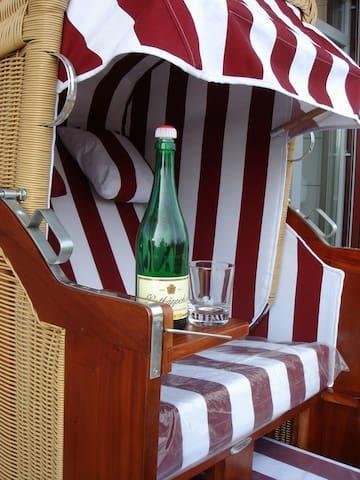 Ferienwohnung Meerblick Strandvilla - Breege