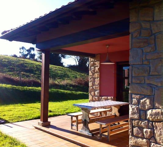 Habitación doble en Casa Rural - Villaviciosa